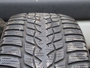 Goodyear UltraGrip Perfornmane 235/50/17