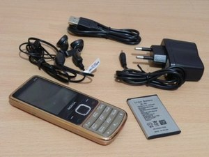 Стильный телефон Nokia 6700 (2 sim, Bluetooth) GOLD